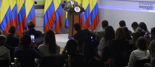 """""""El mundo está viendo con optimismo nuestro camino hacia la paz. Muchos países nos están apoyando"""": Presidente Juan Manuel Santos"""